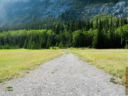 Short gravel road leading to the base of Cascade Mountain.