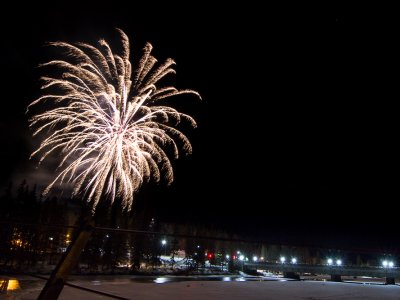 attractions/banff-new-years-eve-fireworks/banff-fireworks-3.jpg