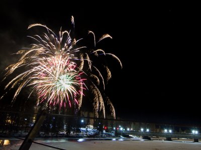 attractions/banff-new-years-eve-fireworks/banff-fireworks-5.jpg