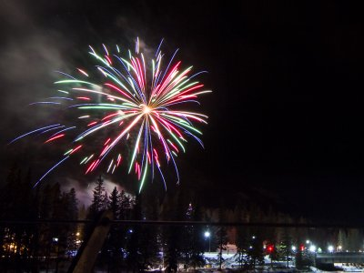 attractions/banff-new-years-eve-fireworks/banff-fireworks-6.jpg