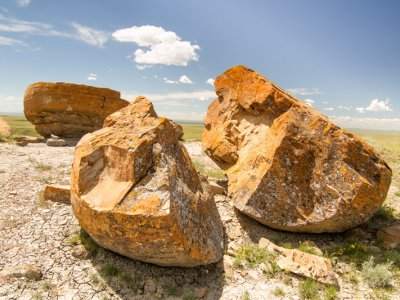 attractions/red-rock-coulee/southern-alberta-37.jpg