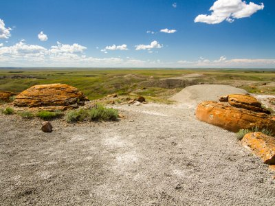 attractions/red-rock-coulee/southern-alberta-61.jpg