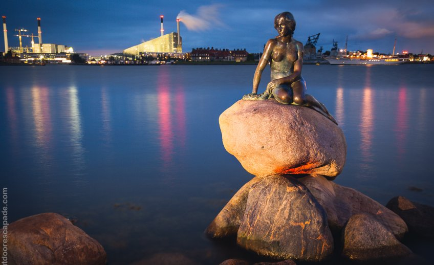 The statue of the Little Mermaid