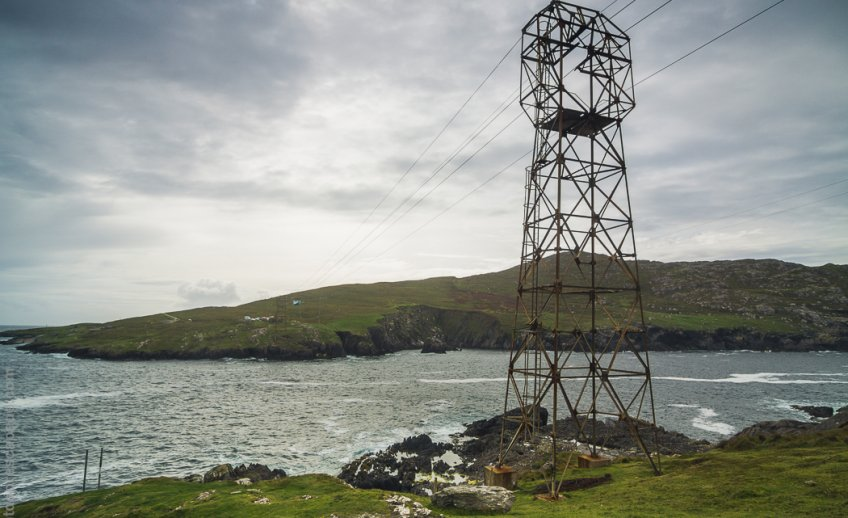 Support towers for the Dursey Island cable car
